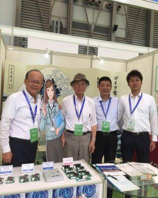 上海電池展示会の様子。8